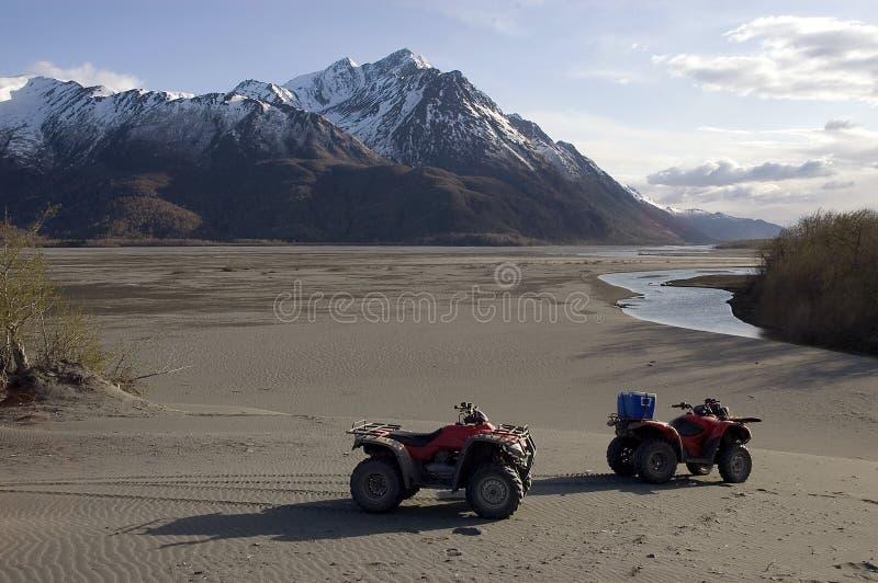 ATVs στο από την Αλάσκα πλύσιμο παγετώνων στοκ εικόνες με δικαίωμα ελεύθερης χρήσης