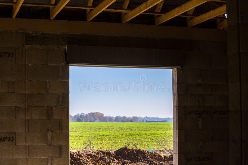 Außenansicht von einem Gebäude im Bau stockfotografie