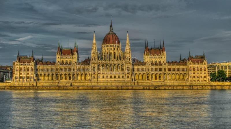 Außenansicht zu Ungarn-Parlamentsgebäude, Budapest Ungarn lizenzfreie stockfotografie