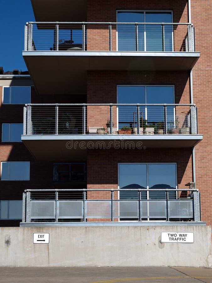 Außenwohnungsbalkone lizenzfreie stockfotos