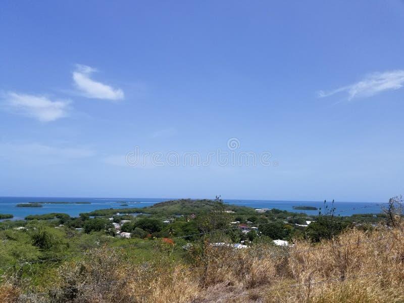 Au bord de l'île images libres de droits