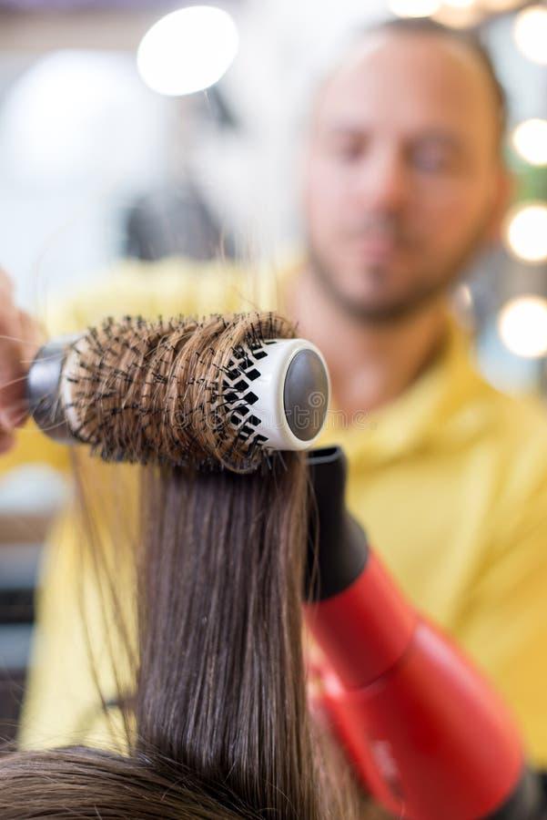 Au coiffeur photographie stock libre de droits
