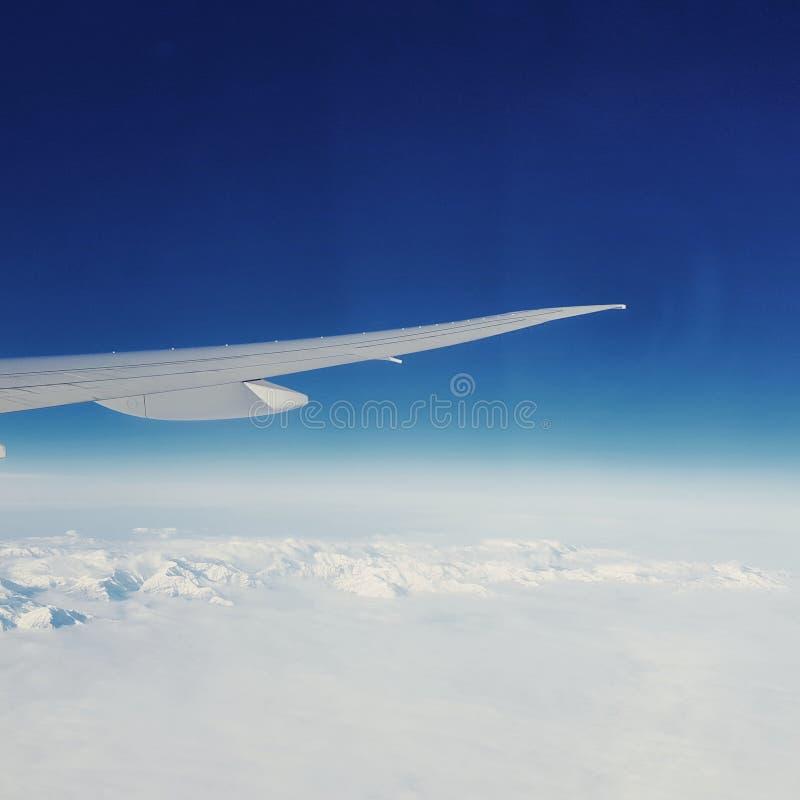 Au-dessus des calottes glaciaires du nord image stock
