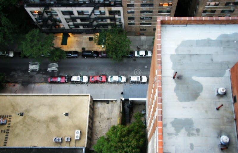 Download Au-dessus du bord photo stock. Image du rooftop, panique - 733498