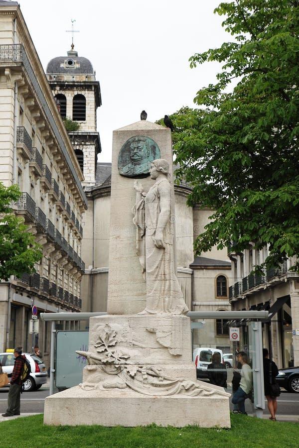 Au Geral de Beylie do monumento, Victor Hugo Square, Grenoble imagem de stock royalty free