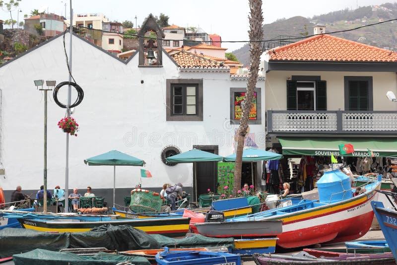 Au port de Camara de Lobos en la Madère images libres de droits