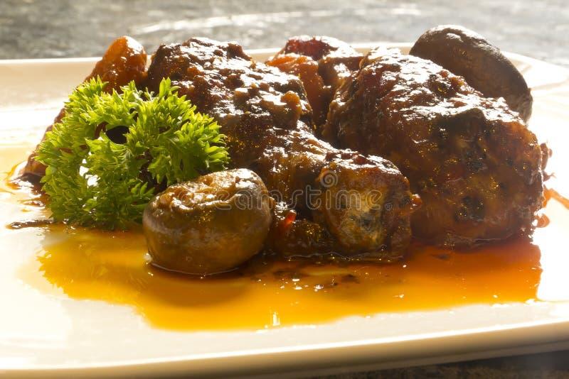 Au Vin Chicken de Coq do francês imagem de stock
