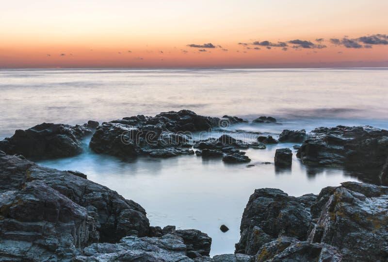 Aube sur la Mer Noire dans Sozopol, Bulgarie images libres de droits
