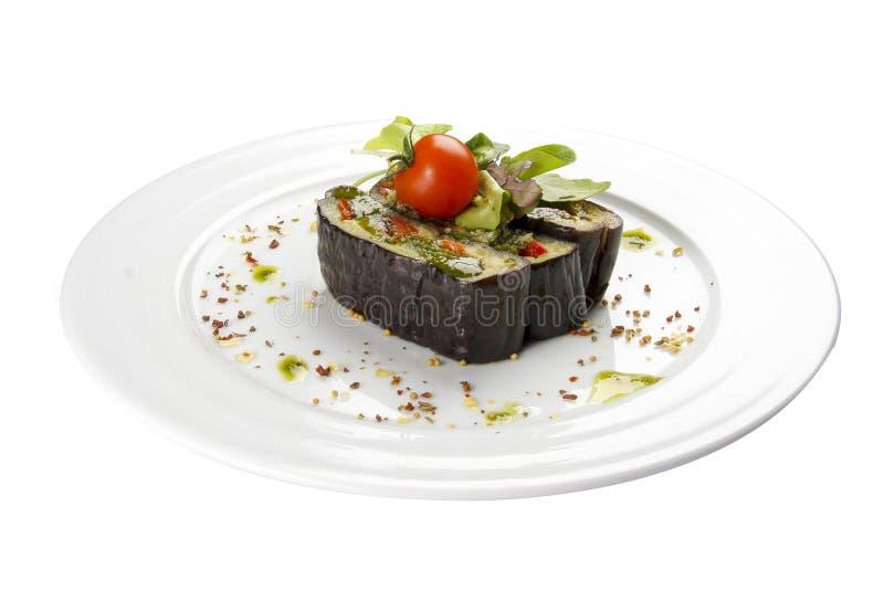 Aubergine gegrillt mit Gemüse Vegetarischer Teller lizenzfreie stockfotografie