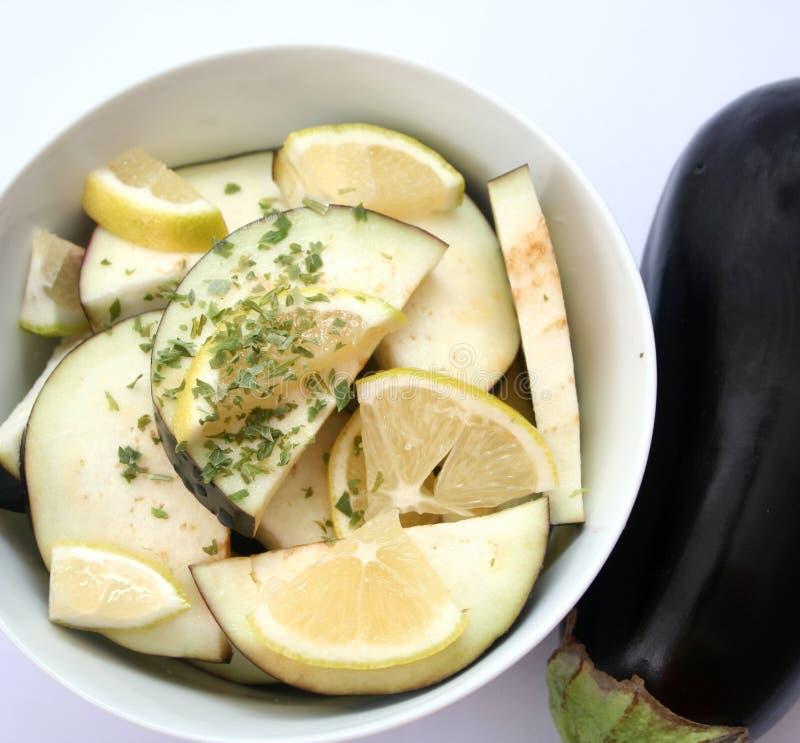 aubergines świezi zdjęcia stock