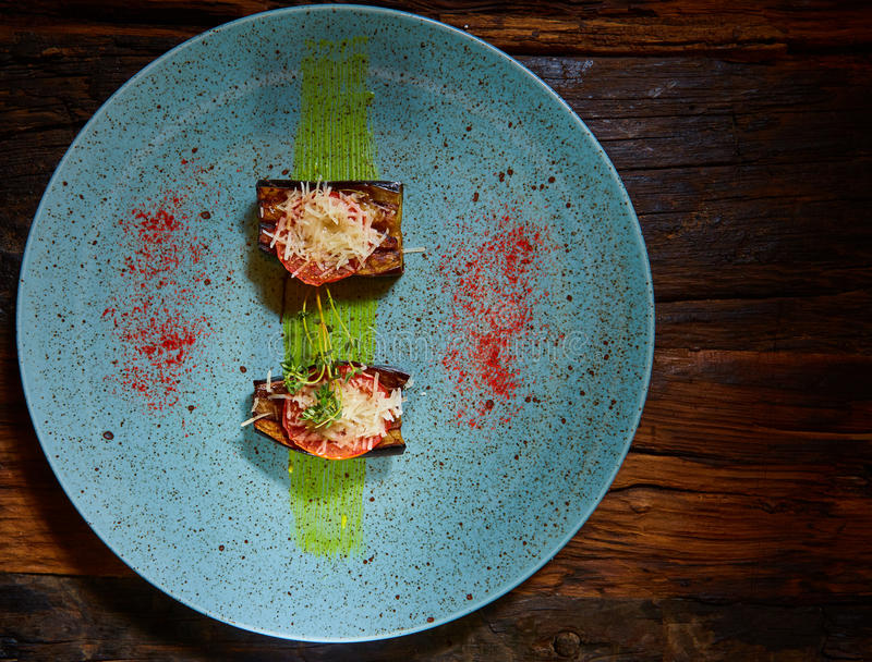 aubergines испекли томат стоковая фотография