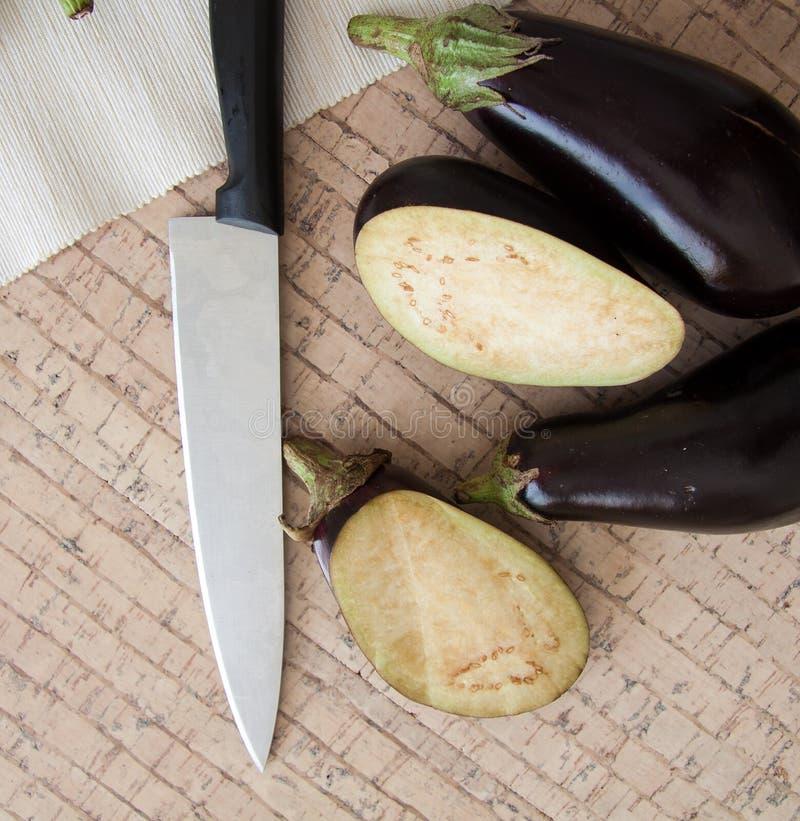 Aubergines на нейтральной предпосылке стоковая фотография rf