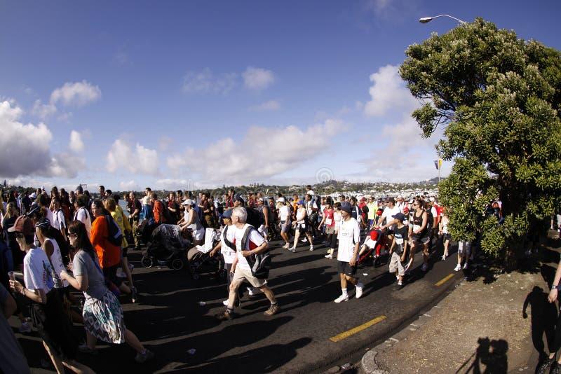 Auckland intorno all'esecuzione di divertimento delle baie fotografie stock