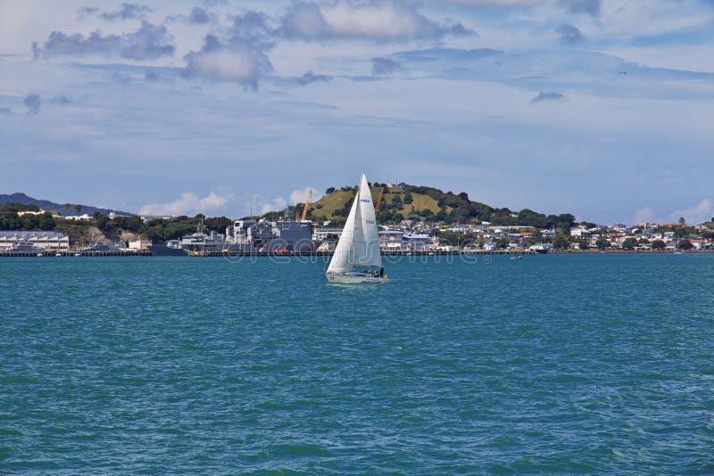 Auckland ist eine sch?ne Stadt in Neuseeland lizenzfreie stockfotografie