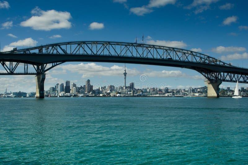 Auckland - la ville des voiles photo libre de droits