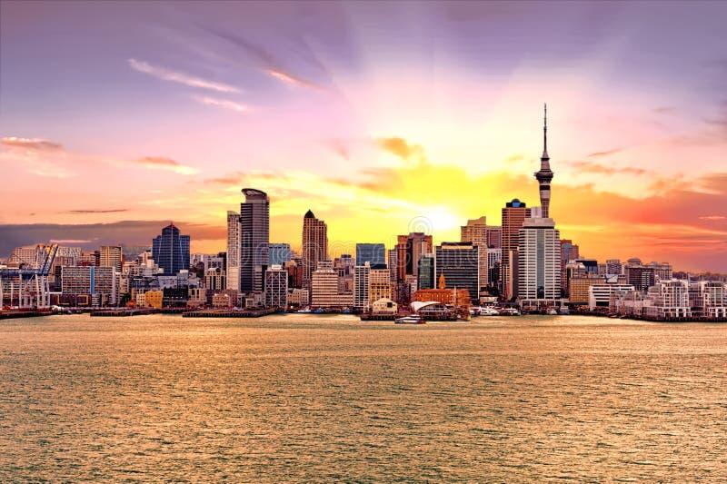 Auckland linia horyzontu w Nowa Zelandia obrazy royalty free
