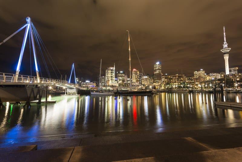 Het Viaduct van de Stad van Auckland stock foto