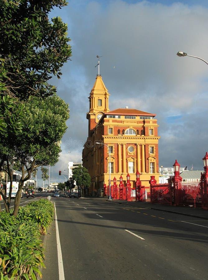 Download Auckland prom budynku. zdjęcie stock. Obraz złożonej z nowy - 48436