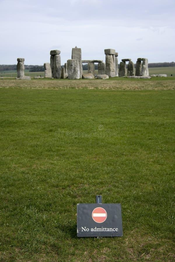 Aucun accès au cercle de pierre de stonehenge images stock