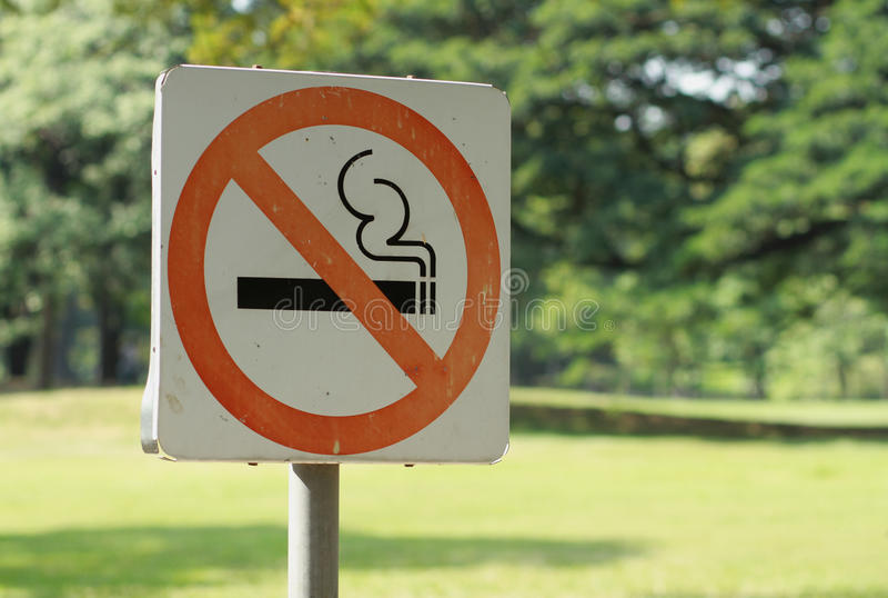 aucun fumage de signe photos libres de droits