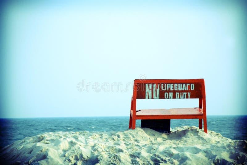 Aucun maître nageur en service images libres de droits