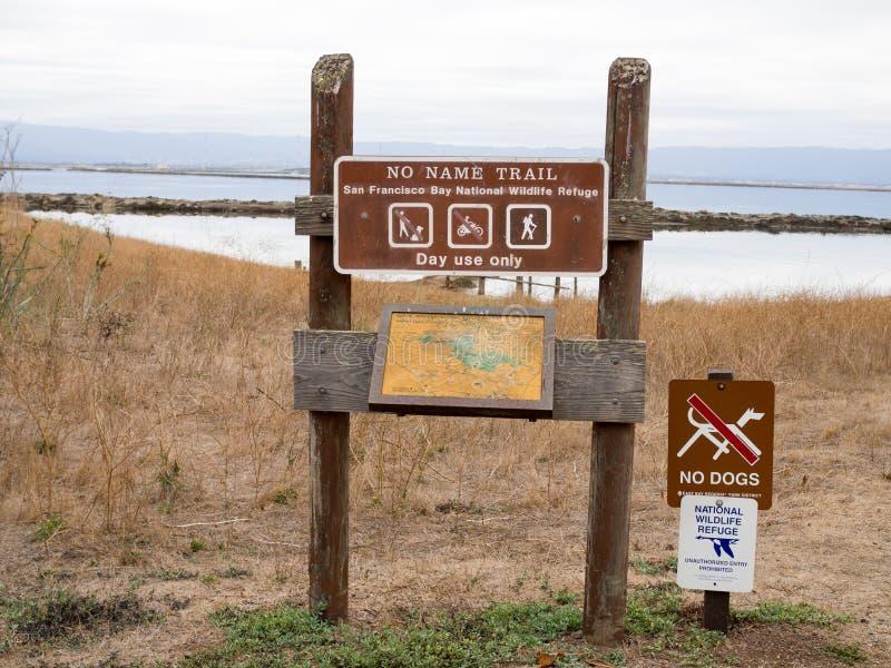 Aucun parc régional de collines de coyote de signe de train de nom photographie stock libre de droits
