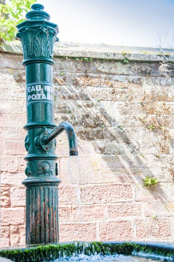 Aucune eau potable dans une fontaine photos libres de droits