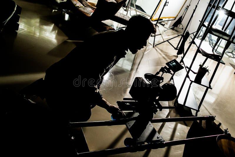 Audições do filme & luzes e silhuetas de bastidores de moldação do corpo fotos de stock