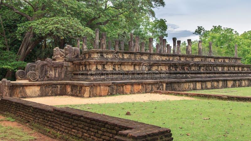 Audiência Salão - ruínas em Polonnaruwa - Sri Lanka foto de stock