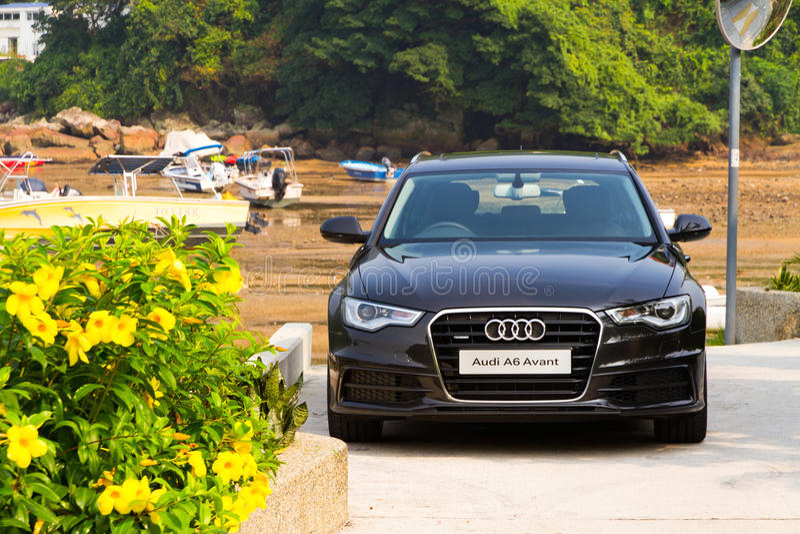 Audi A6 Avant 2012 fotografia stock