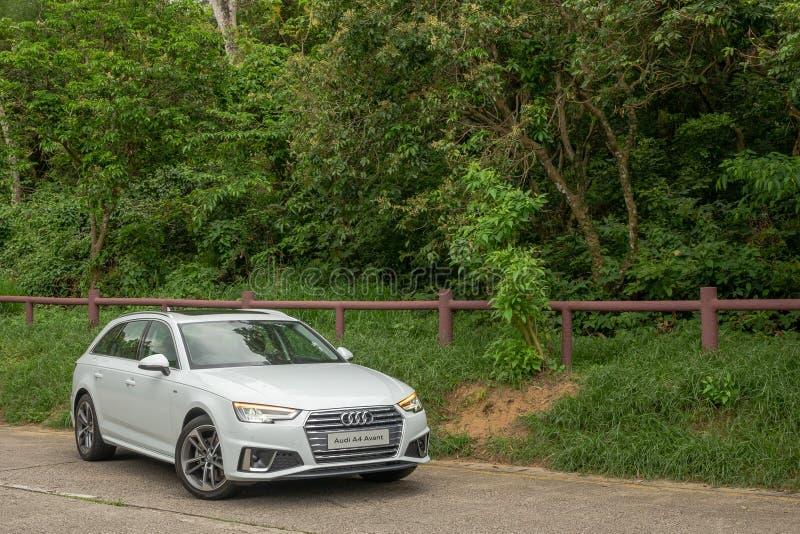 Audi A4 Avant 40 testa prowadnikowy dzień obrazy stock