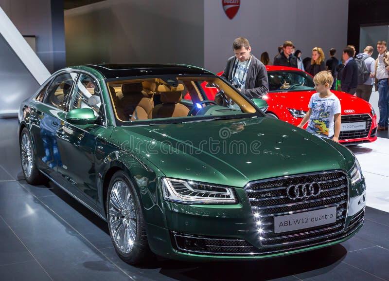 Audi A8 L quattro de W12 images libres de droits