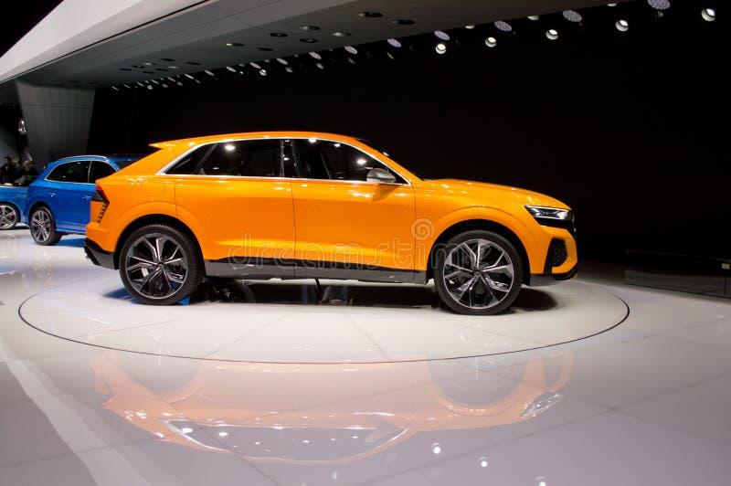 Audi Q8 em Genebra 2017 fotos de stock royalty free