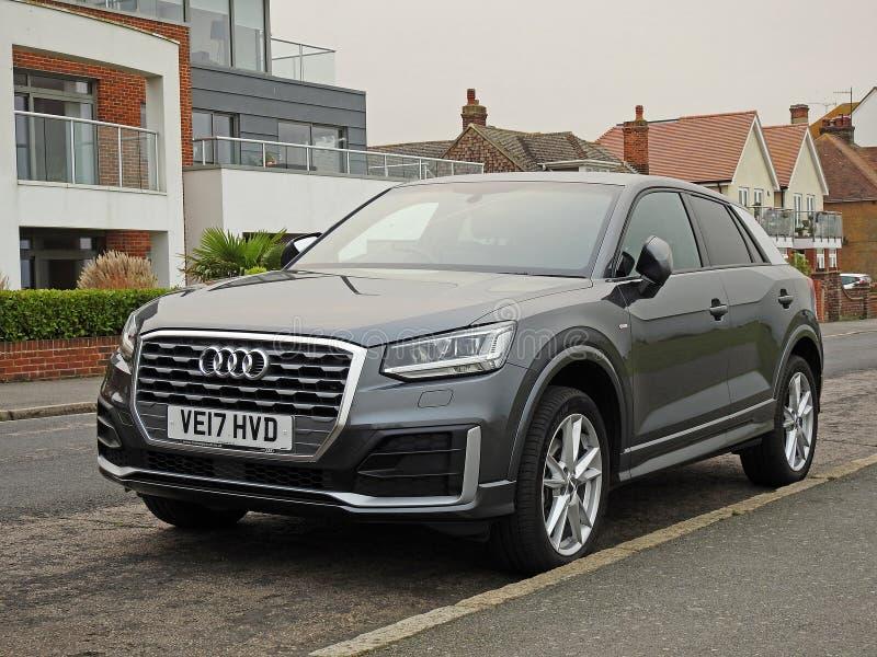 Audi q2 tfsibil royaltyfri fotografi