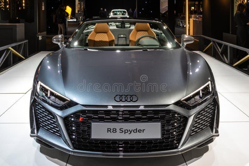 Audi R8 Spyder sportbil royaltyfria bilder