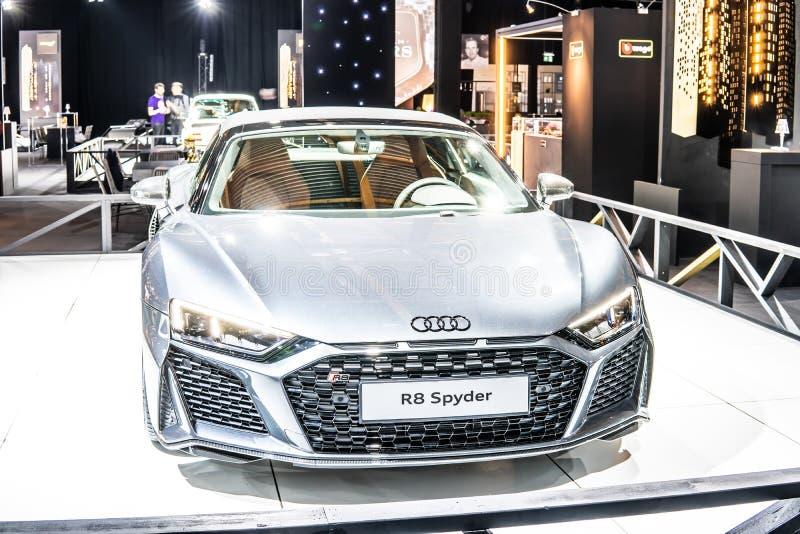 Audi R8 Spyder V10 plus w Brussels Motor Show, Second Generation, Type 4S, produkowane przez niemieckiego producenta samochodów A zdjęcia stock
