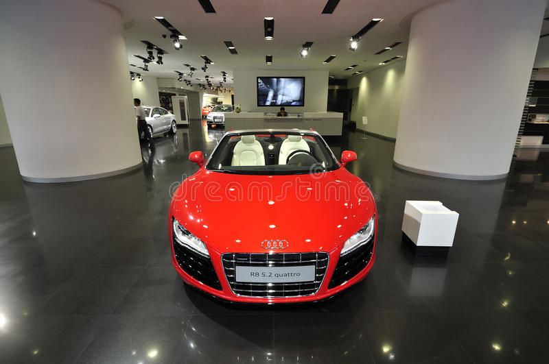 Audi R8, exposition hall image stock