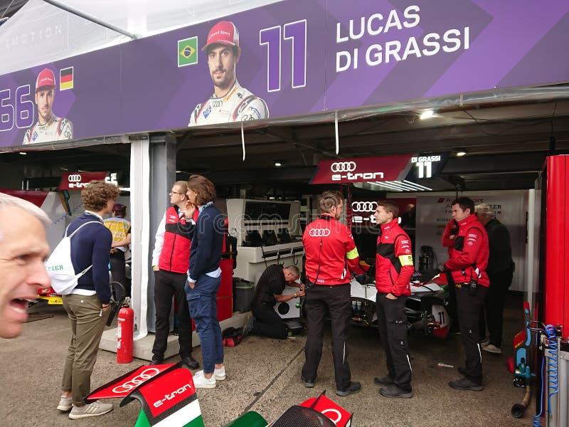 Audi Racing teamleden bij het E-kampioenschap Formule royalty-vrije stock foto
