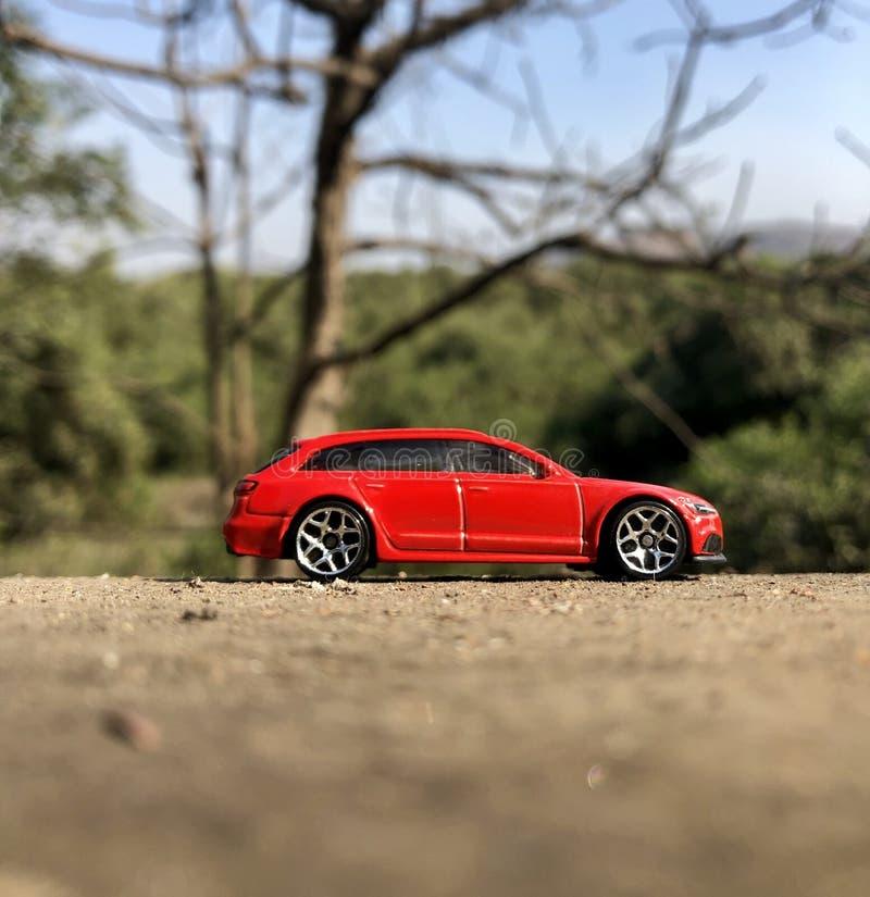 AUDI RS6 le d'un rouge ardent photographie stock