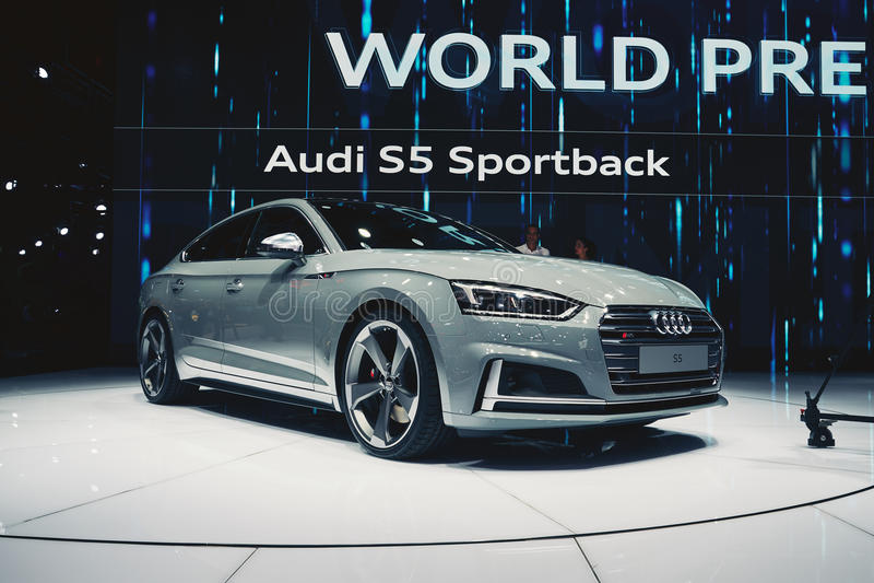 Audi 2017 S5 Sportback lizenzfreie stockfotos