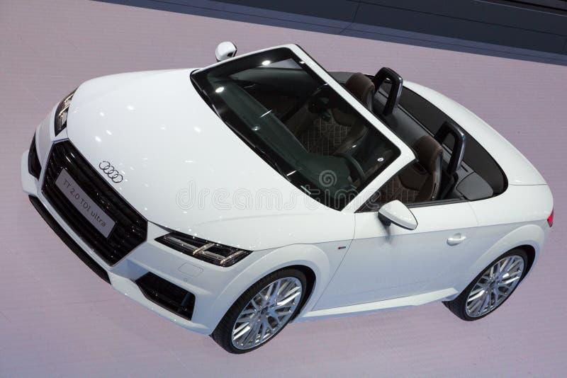 Audi TT cabrioletbil royaltyfri fotografi