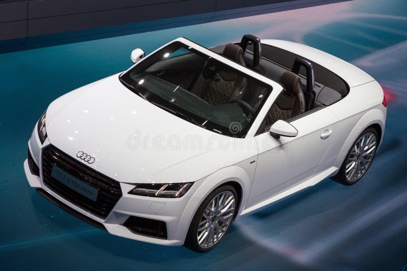 Audi TT cabrioletbil royaltyfria bilder