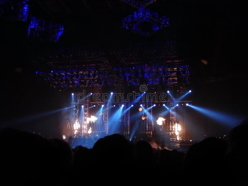 Audiencia en el concierto imágenes de archivo libres de regalías