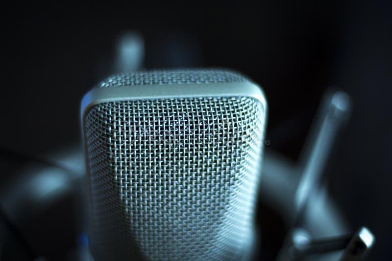 Audio de stemmicrofoon van de opname vocale studio stock foto's
