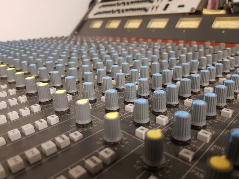 Audio miscelatore fotografia stock libera da diritti