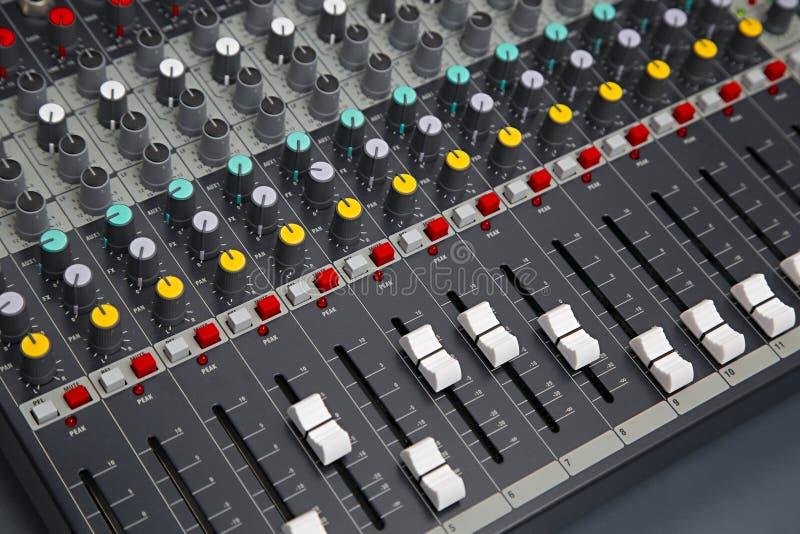 Audiomischer-Brett lizenzfreie stockbilder