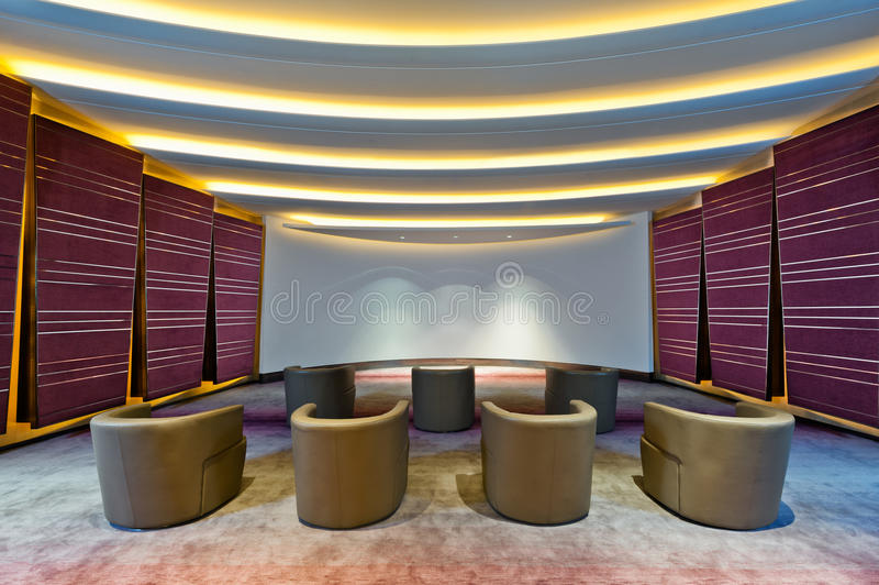 Auditorium, kleiner Kinoraum lizenzfreie stockbilder