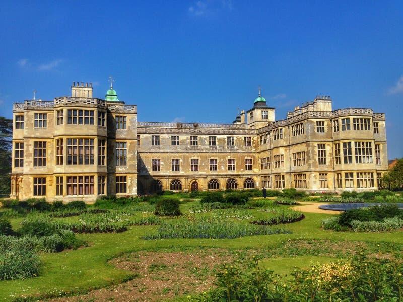 Audley sluthus och trädgård royaltyfri foto