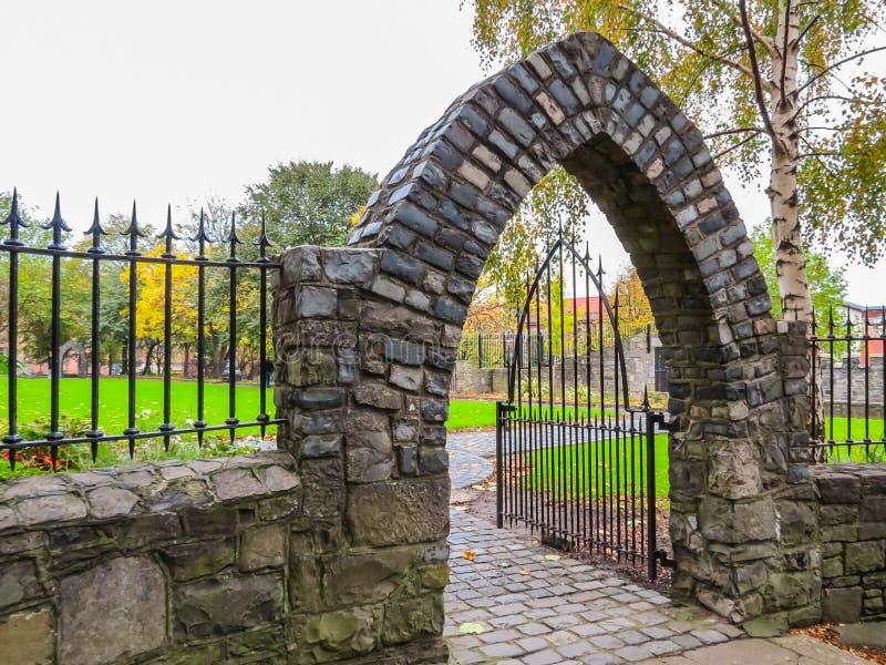 Download Audoen-` S Kirche, Dublin, Irland Stockbild - Bild von irland, europa: 96929861