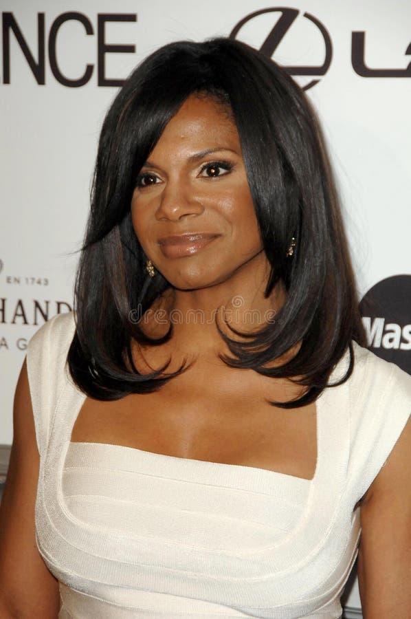 Audra McDonald aux 2èmes femmes de couleur annuelles d'essence à Hollywood attribue le déjeuner. Hôtel de Beverly Hills, Beverly H image stock